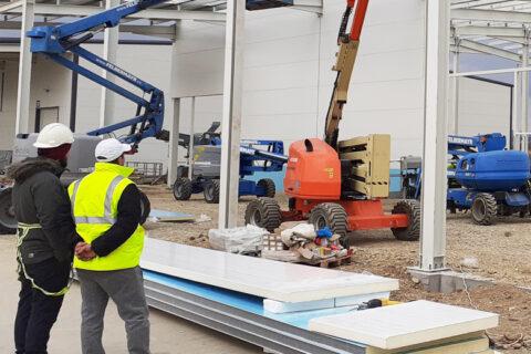Anvelopare hale productie & Constructie integrala cladire birouri