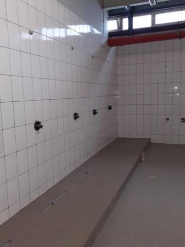 Renovare completa bai hala productie (3)