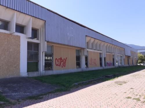 Renovare fatade cladire showroom 3000 mp (1)