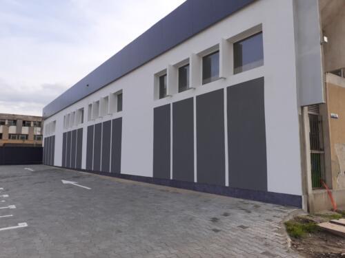 Renovare fatade cladire showroom 3000 mp (8)